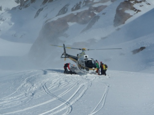 A_Star Helicopter Picking Up Skiers